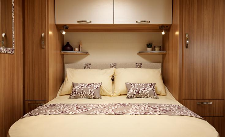 Lexon 560 Transverse Island Bed