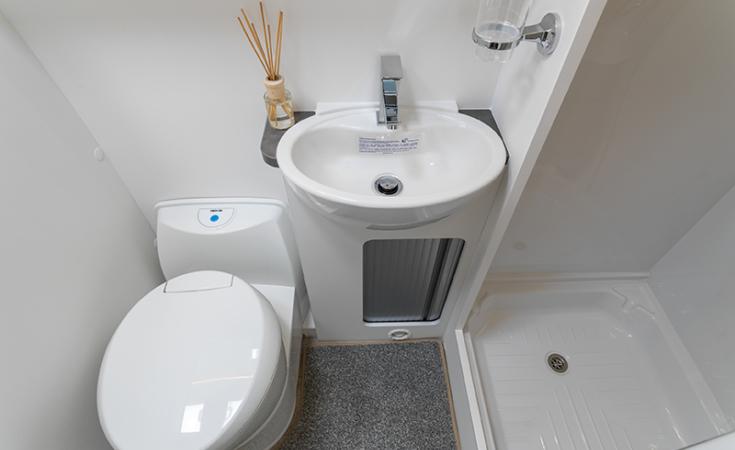 Landstar Washroom
