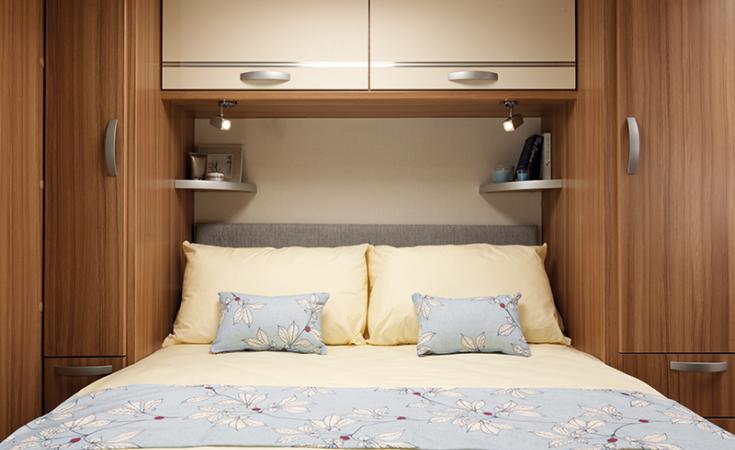 Quasar 674 Island Bed